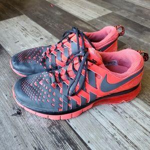 Nike air shoes 10.5